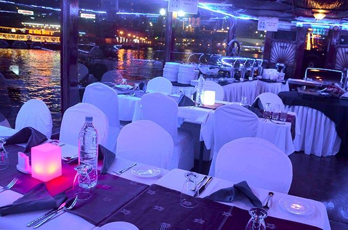 Dubaj Dhow Cruise Marina
