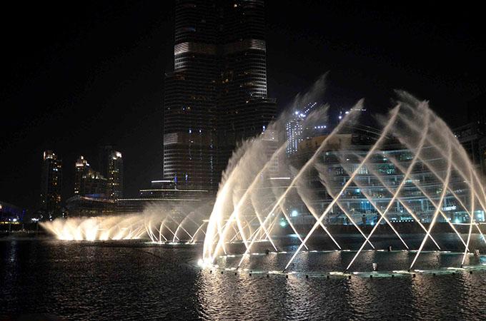 Pokaz fontann Dubaj