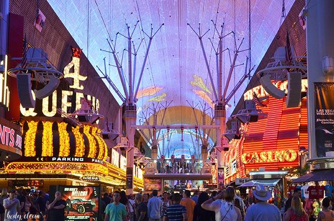 Las Vegas zwiedzanie Fremont Street Experience