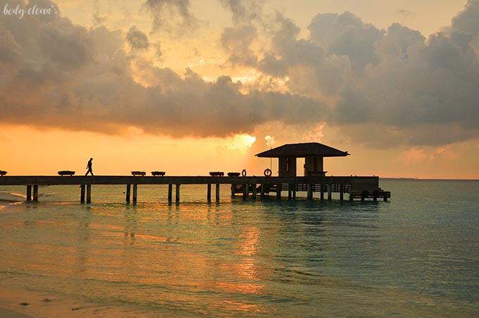 Malediwy zachód słońca