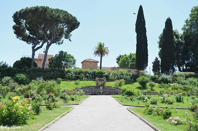 Rzym botaniczny ogród róż