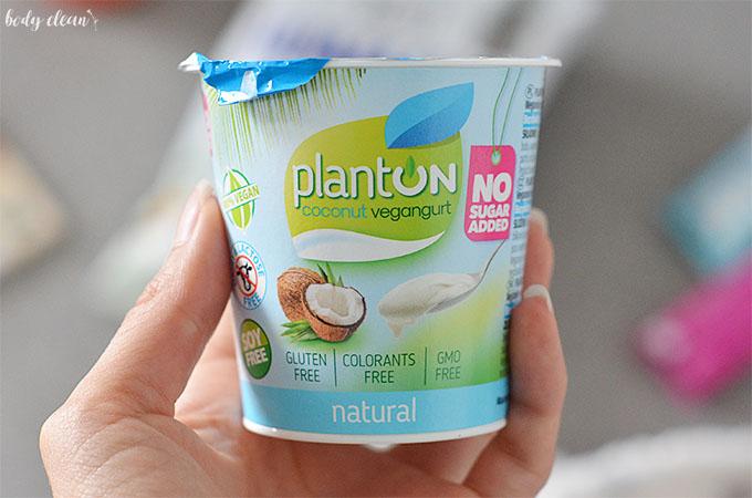 zdrowe przekąski wegańskie bezglutenowe jogurt kokosowy